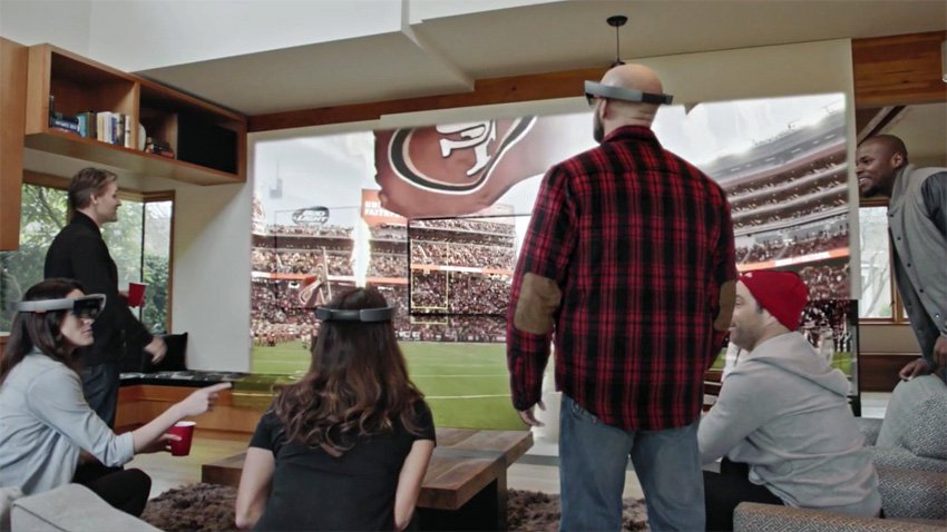 NFL Football With Microsoft HoloLens