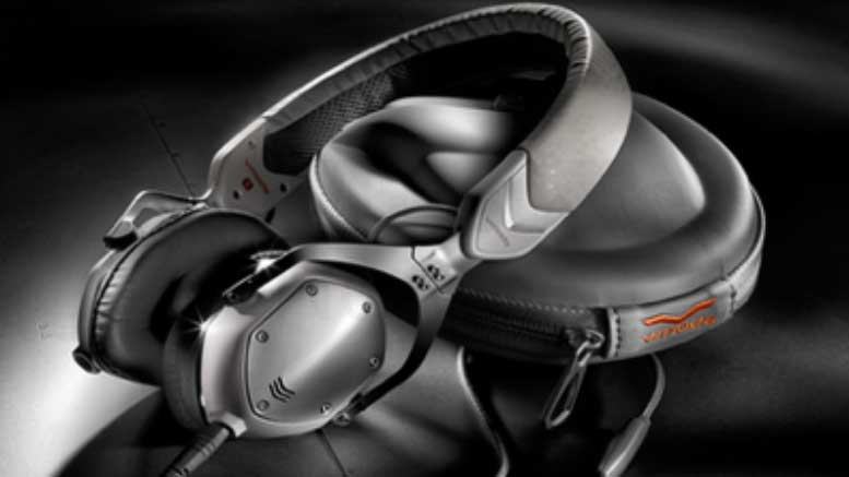 Headphones Combine Good Sound and Sleek Design